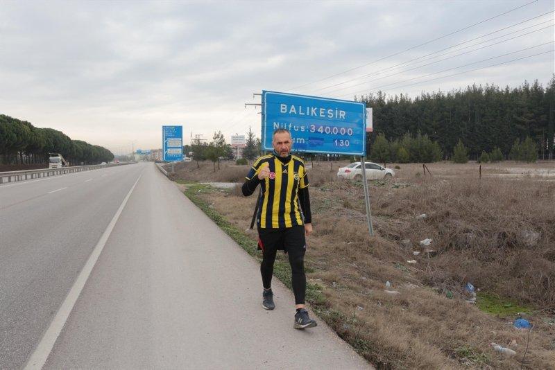 Böyle totem görülmedi! Fenerbahçe için İzmir'den İstanbul'a koşuyor
