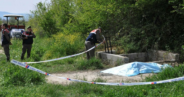 Su kuyusunda yanmış erkek cesedi bulundu