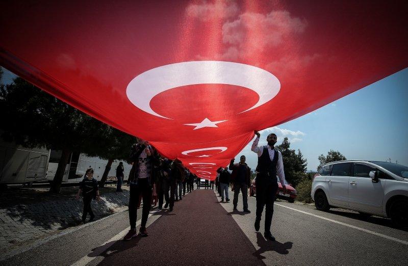Çanakkale'de 57. Alay'dan birlik beraberlik mesajı verdiler