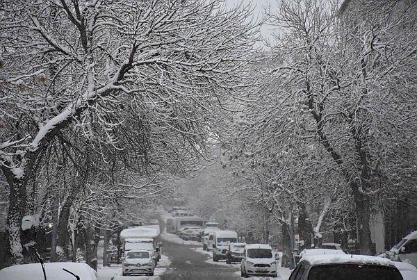 İzmir hava durumu! Meteoroloji'den son dakika kar yağışı uyarısı! İşte  22 Kasım Pazar hava durumu...