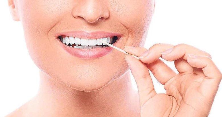 Et yedikten sonra dişlerinizi kürdanla temizlemeyin