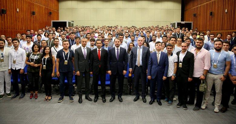 Hazine ve Maliye Bakanı Albayrak Twitter hesabından paylaştı: 60 yıllık hayalin gerçek kahramanı olacaklar