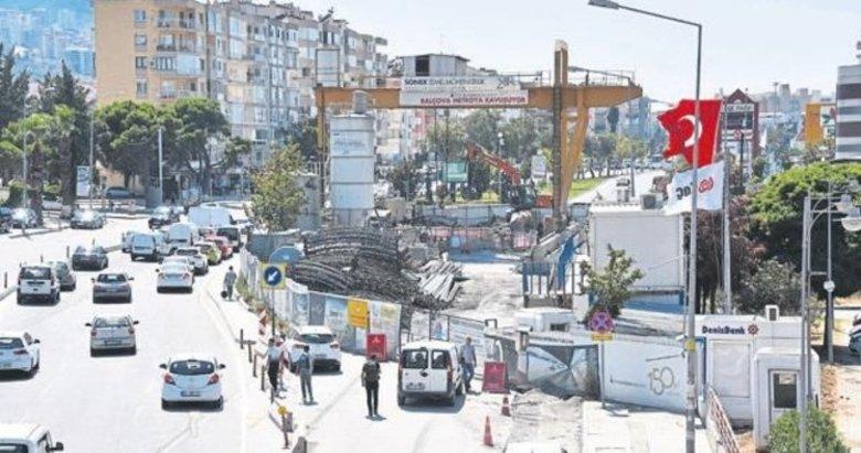İzmir'de bumetroinşaatı da zamanında bitmez