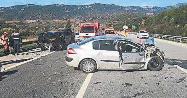 Otomobille cip çarpıstı: 2 yaralı