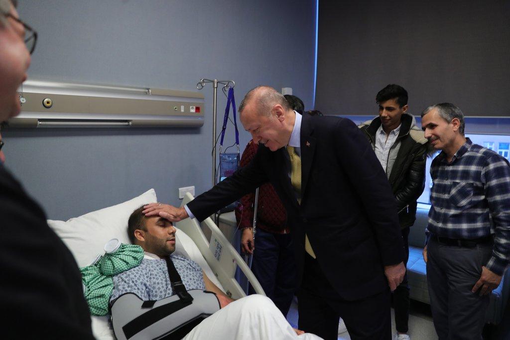 Başkan Recep Erdoğan'dan yaşayan efsane Alaeddin Yavaşca'ya ziyaret .