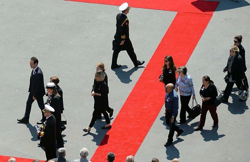 Emekli Oramiral Özden Örnek son yolculuğuna uğurlandı
