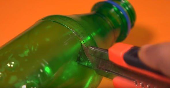 Pet şişeyle öyle bir şey yaptı ki milyonlar onu izledi