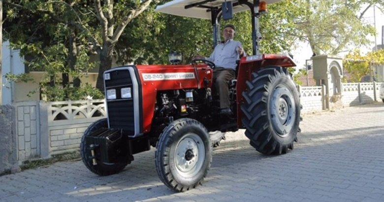 'Tarım bitti' diyenlere inat kendi traktörünü üretti
