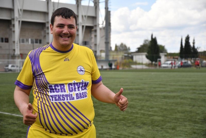 Manisa'da 140 kiloluk futbolcu! Bu sezon hedefim...