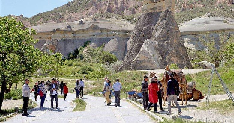Yabancı turist sayısında yüzde 24 artış