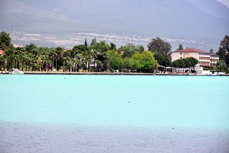 Köyceğiz Gölü'nün rengi değişti