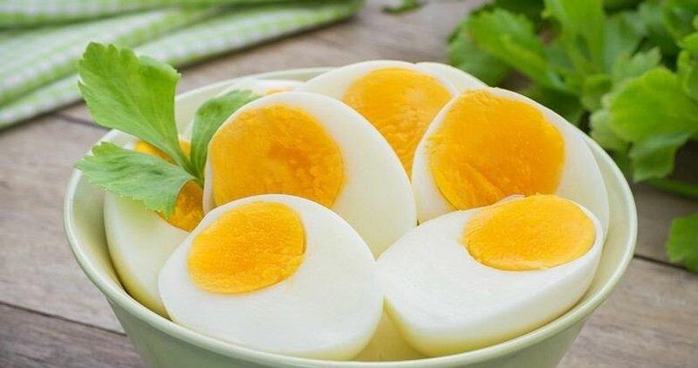 Sağlıklı ve gür saçlara bu besinlerle kavuşun
