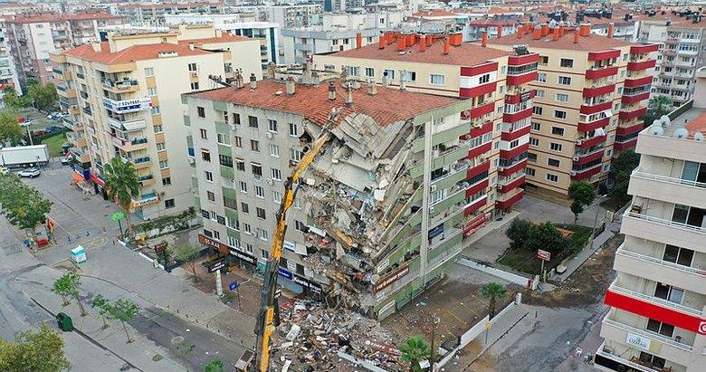 İzmir depremi soruşturması ile ilgili yeni gelişme! Savcı deprem bölgesine gitti
