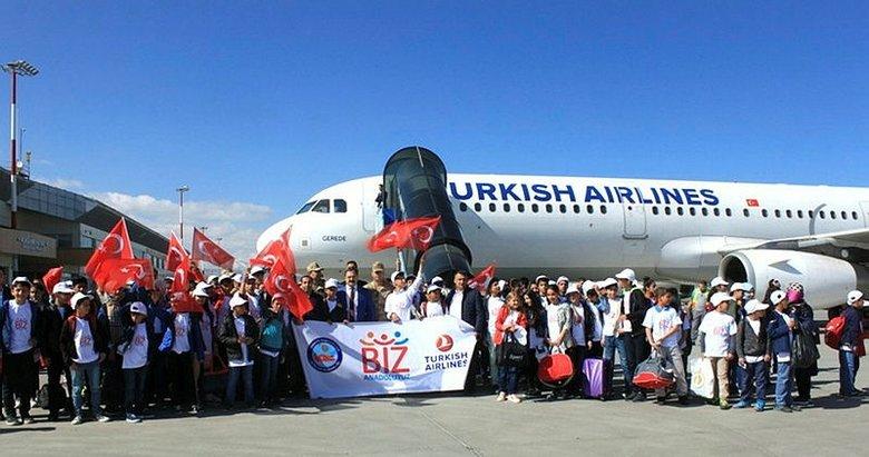 Vanlı 194 öğrenci İzmir'e uğurlandı