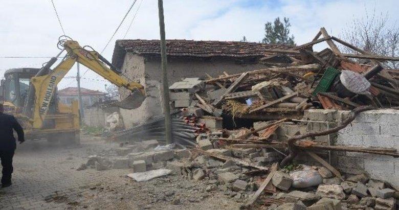 Acıpayam'daki depremzedelere ev müjdesi
