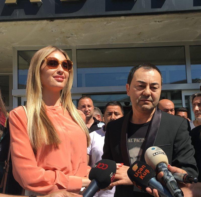 Serdar Ortaç eşi Chloe Loughnan'dan boşanma nedenini açıkladı
