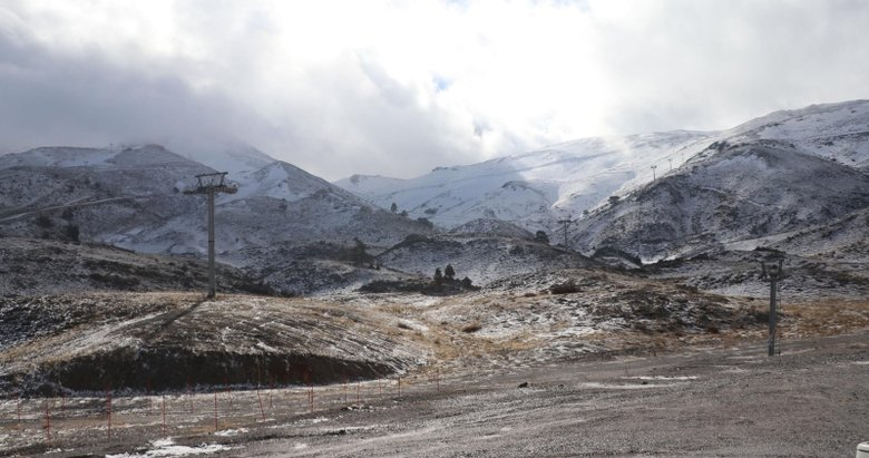 Ege'nin en büyük kayak merkezini kuraklık vurdu