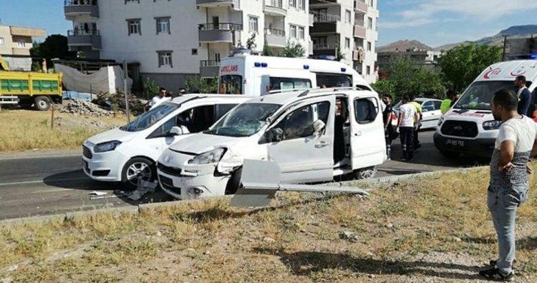 Siirt'teki HDP konvoyunda kaza