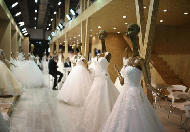If Wedding Fashion iddialı geliyor