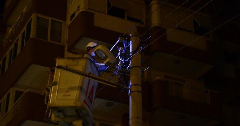 İzmir'de korkunç son! Kablo çaldığı sırada...
