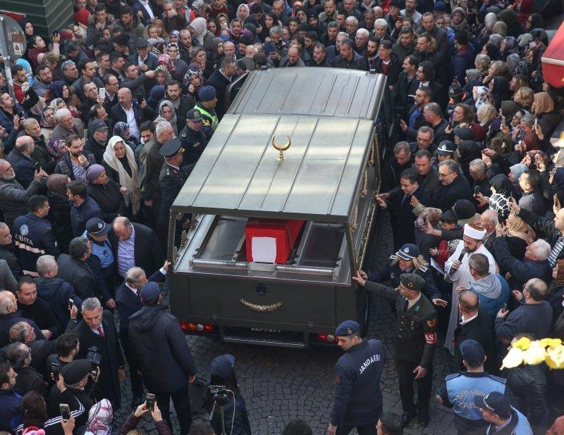 Şehit Üstçavuş Esma Çevik son yolculuğuna uğurlandı