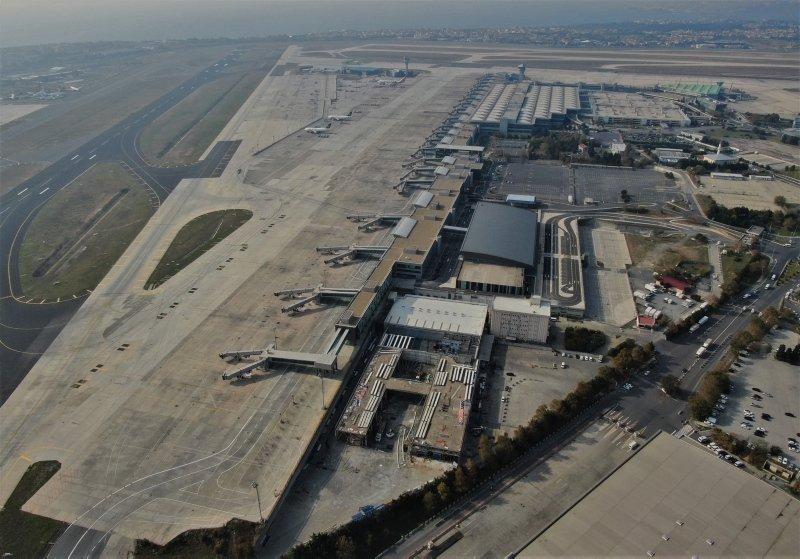 İstanbul Atatürk Havalimanı'nda yıkım işlemlerine başlandı