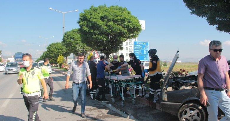 Afyon'da korkunç kaza! Otomobil ile kamyon çarpıştı
