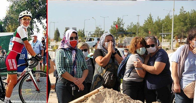 İzmir'de trafik kazasında yaşamını yitiren kadın bisikletçi Zeynep toprağa verildi