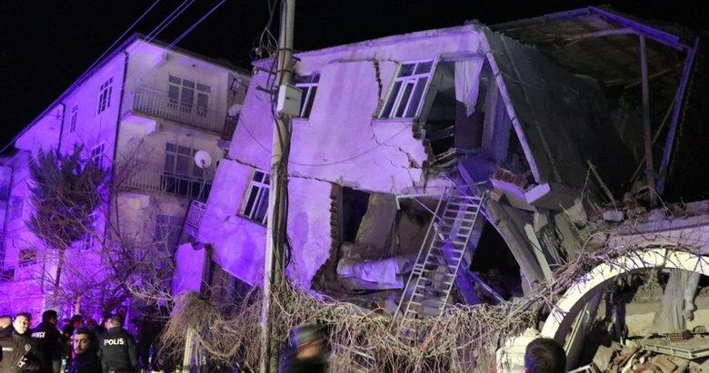 Elazığ'da 6,8 büyüklüğünde deprem! İşte deprem bölgesinden ilk fotoğraflar
