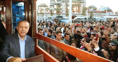 Başkan Erdoğan İstiklal Caddesi'nde yürüdü