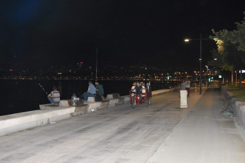 İzmirdeki koku hasta eder