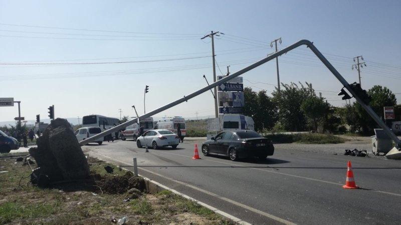 Aydın'da tur otobüsü kaza yaptı! Çok sayıda yaralı var