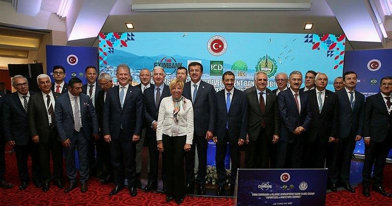 Ekonomi Bakanı İzmirde