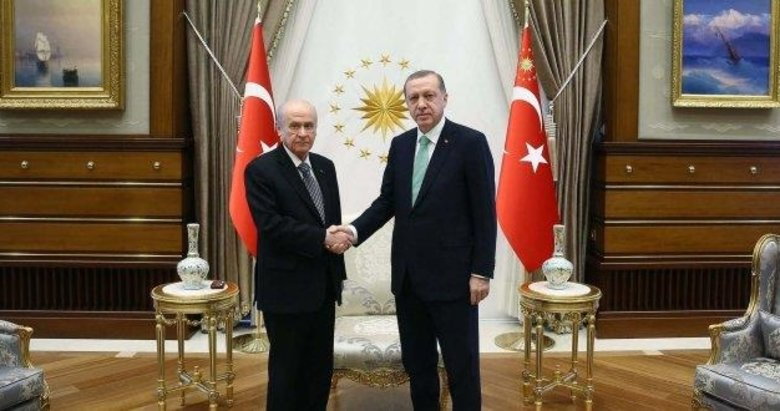 Başkan Recep Tayyip Erdoğan, Bahçeli ile görüştü
