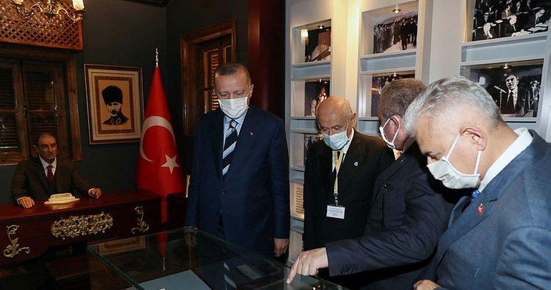 Cumhurbaşkanı Erdoğan, Türkeş'in doğduğu müze evi ziyaret etti
