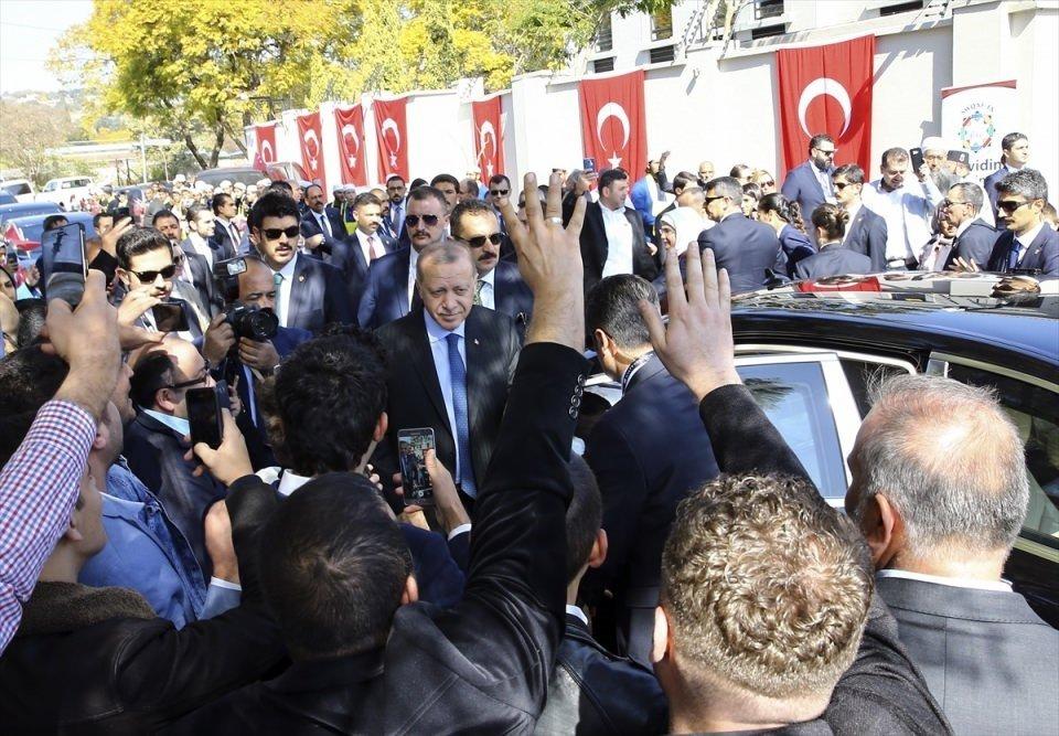 Başkan Erdoğan'a Güney Afrika'da coşkulu karşılama