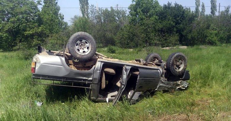 Afyonkarahisar'da korkunç kaza! Kamyonetle motosiklet kafa kafaya çarpıştı
