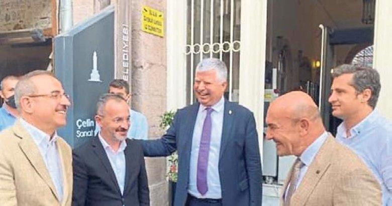 İzmir Zirvesi'nde İzmir konuşuldu