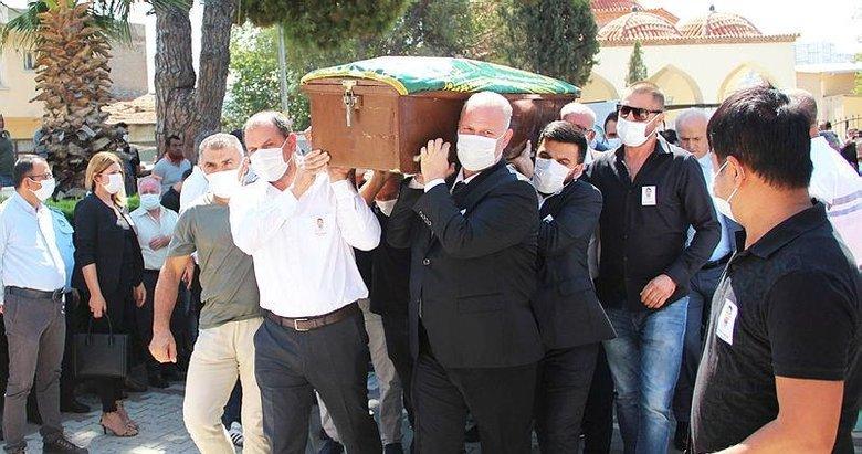İzmir'de traktörün römorkundan düşerek ölen belediye işçisi defnedildi