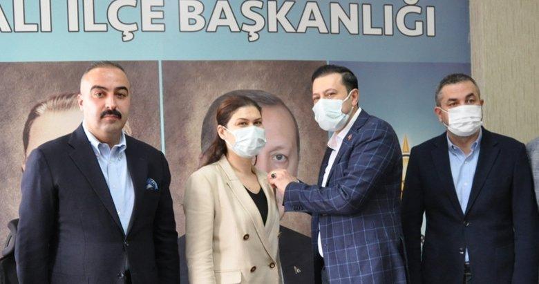 Torbalı Belediyesinde bir meclis üyesi AK Parti'ye geçti