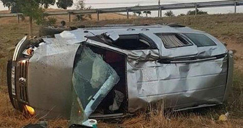 Uşak'ta devrilen araçta bulunan 6 kişi yaralandı