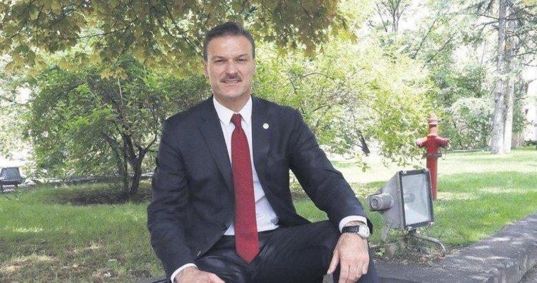 Alpay Özalan: İzmirde muhalefetten bile oy aldım