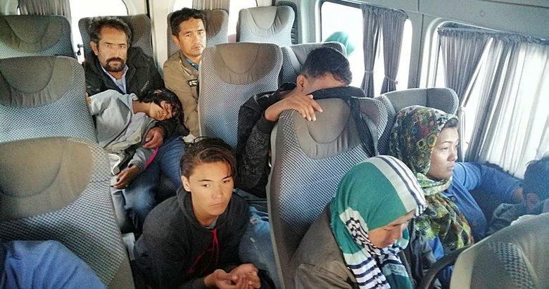 Çanakkale'de 35 düzensiz göçmen yakalandı