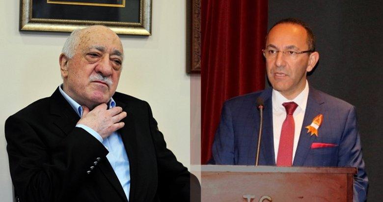 Urla Belediyesi eski Başkanı Burak Oğuz, FETÖ elebaşının elini öpmeye gitmiş