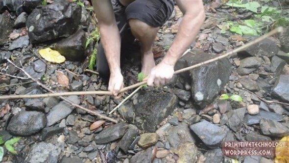 Ormanın orta yerinde öyle bir şey yaptı ki...