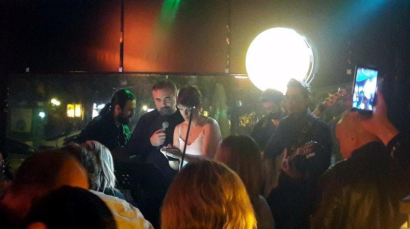 Oktay Kaynarca Muğla'da hayranlarını kırmadı! Eşkıya'nın yıldızı performansıyla beğeni topladı