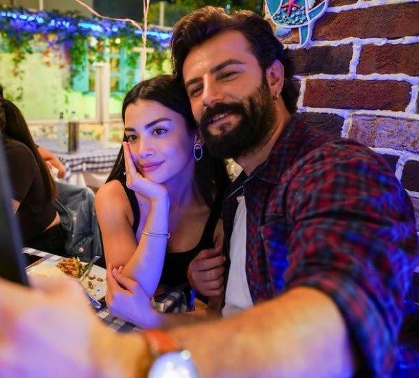Maraşlı'nın Mahur'u Alina Boz sevgilisi ile herkesi şaşırttı