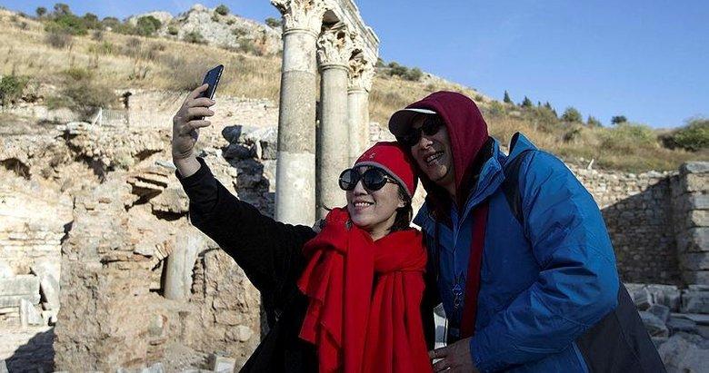 İzmire gelen yabancı turist sayısı arttı