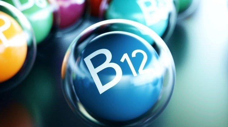 B12 eksikliği belirtileri nelerdir? B12 hangi besinlerde bulunur? B12 hangi hastalıklara yol açıyor?