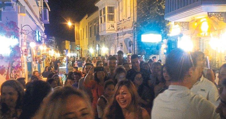 Ege'de turist bayramı